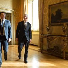 Perché Tim Cook viene in Italia? E soprattutto perché dobbiamo esserne contenti.